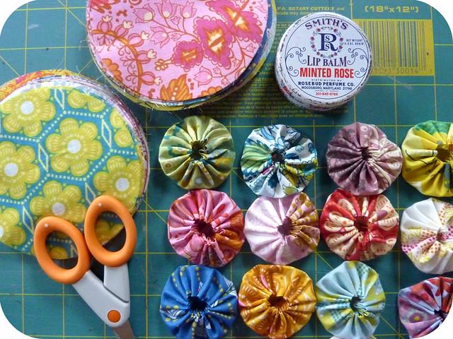 yo-yo rosettes