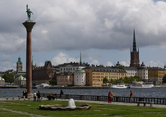 Stockholm Cityscape (rayyaro) Tags: sweden stockholm statues baltic monuments cruises engelbrekt sculptors sagaruby christianeriksson sagacruises swedishsculptors