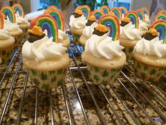 'Rainbow' Cupcakes (Ming's Cakes) Tags: cupcakes rainbow cupcake stpatricksday potofgold royalicing