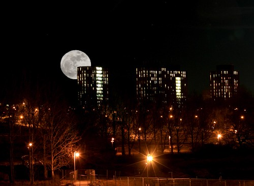 Super moon over Wivenhoe University