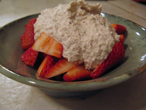 strawberriesWithAlmondCream