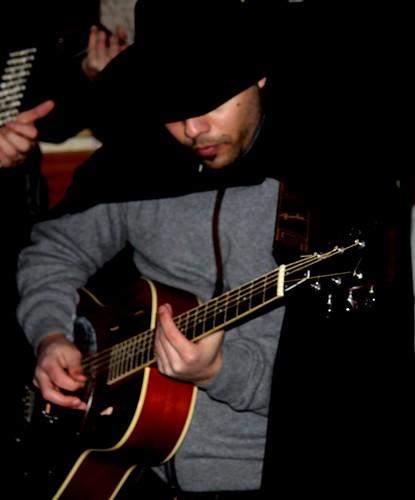 Cantante e chitarrista blues di montagna