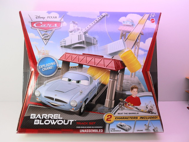 disney cars 2 barrel blow out track set (1)