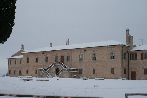 Esterno Museo Balì con neve