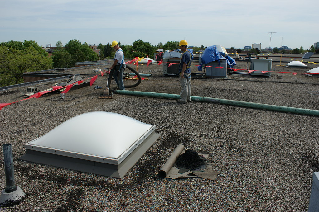 TOUGHROOF - Gravel Removal Flat Roof