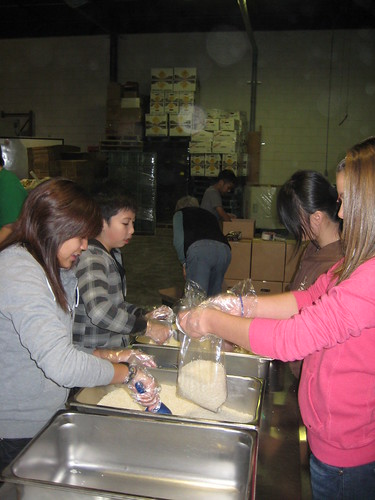 Bagging Rice at Winnipeg Harvest