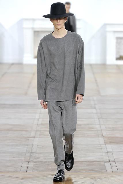 FW11_Paris_Dior Homme007_Gabriel Gronvik(VOGUEcom)