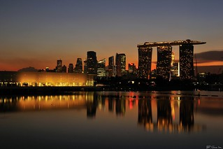 A sunset view of Marina Bay Sands Hotel