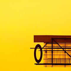 minimal Toronto (barbera*) Tags: toronto canada yellow architecture letters universityoftoronto minimal barbera uot graduatehouse tommaine stephenteeple aroundwithtom 1029a