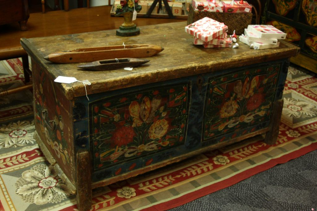 Antique Pennsylvania Dutch Chest
