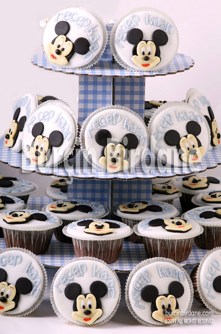 Mickey Cupcake Stand