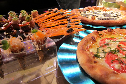 2011 Oscar Food: Smoked Salmon Oscar Statuette Cracker & Assorted Pizzas