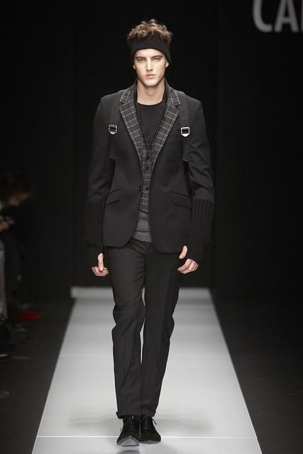 James Smith3255_FW11_Milan_Carlo Pignatelli Outside(Simply Male Models)
