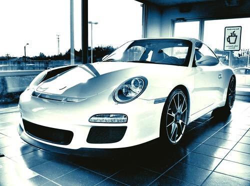 "Porsche GT3 • <a style=""font-size:0.8em;"" href=""http://www.flickr.com/photos/20810644@N05/5452490726/"" target=""_blank"">View on Flickr</a>"