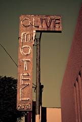 Olive Motel (TooMuchFire) Tags: signs typography losangeles route66 neon rusty silverlake signage echopark neonsigns motels lightroom oldsigns vintagesigns vintageneonsigns vintagesignage oldmotels canon30d motelsigns olivemotel oldmotelsigns brokenneonsigns 2751wsunsetblvdlosangelesca
