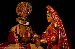 Kathakali Performance (viwehei) Tags: india men dance asia play mask theatre indian traditional performance kerala hero tradition drama folkdance munnar kathakali mudra flickrduel earthasia keraladance chamyam keralafolkdance keralafolk