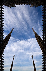 Duomo di Milano (marlambie) Tags: sky italy milan church motif stone architecture italian italia cathedral framed milano border gothic statues spire ornament frame christianity duomodimilano dommdemilan