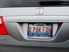 Illinois Packer fan? (Sarah Lawver (follow me on Instagram!)) Tags: wisconsin honda ouch illinois packers burn brave licenseplates imlovinit packerfan gottaloveit wickedburn
