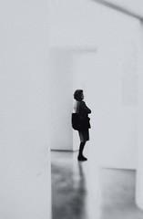 ~ walking around at the museum ~ (Janey Kay) Tags: winter paris streetphotography february februar 2011 centregeorgespomidou janeykay lensbabycomposer nikond300s photographiedelarue musenationaldelartmoderne ladycontemplatingart unedameaumuse