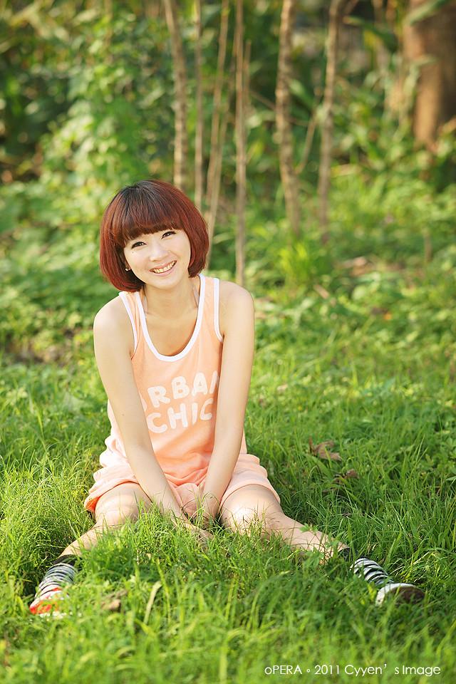 http://farm6.static.flickr.com/5177/5498676835_a4466f7134_b.jpg