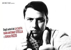 L'autobiografia non autorizzata di Silvio Berlusconi canta 'Silvio forever'