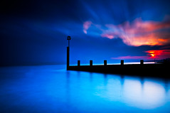 B Groyne (Kevin_Mitchell) Tags: ocean sunset england blur clouds pier big nikon long exposure tripod atlantic lee southeast filters groyne bournemouth gitzo stopper 1635 d300 boscombe nd10 f4bournemouthhamworthy05311