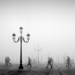 Rush Hour in Venice (MaggyMorrissey) Tags: venice niksilverefexpro