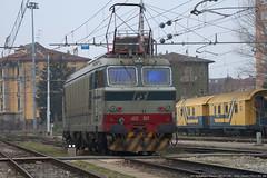 I Love Cremona!! (Raffaele Russo (LeleD445)) Tags: old railroad italy rail cargo lombardia tigre 003 fs stato cremona trenitalia dello elettrica ferrovie locomotiva e652