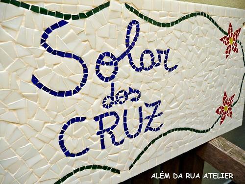 Placa de Identificação em Mosaico