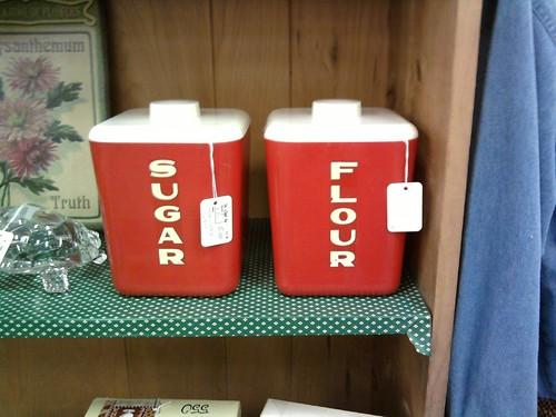 Lustro Sugar and Flour