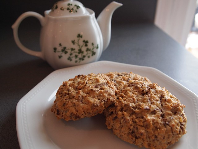 March 11-oatmeal-chocolate chunk cookies with new tea pot