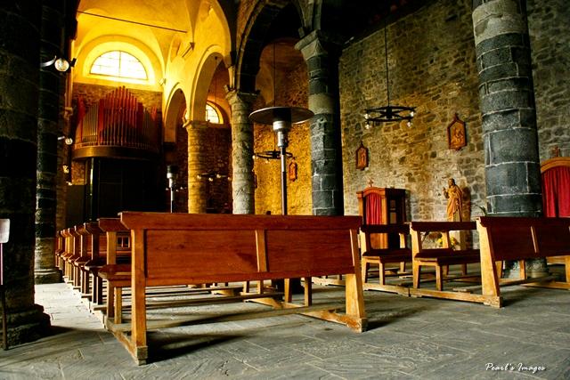 Vernazza 的教堂
