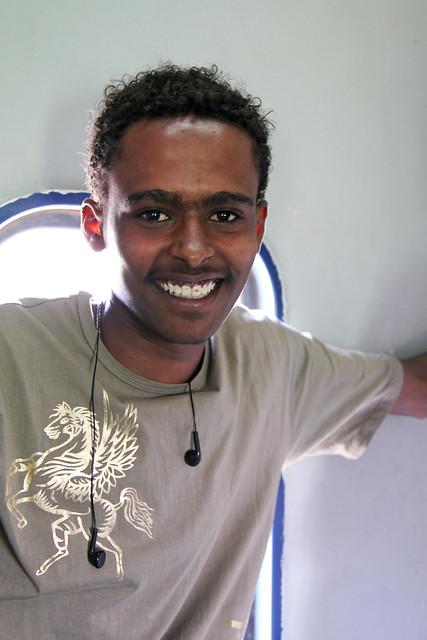 エジプト 列車でルクソールからアスワンへ 車内で出会ったヌビア人青年