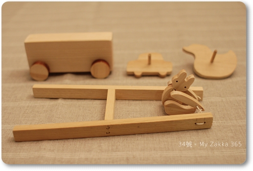 20110319_WoodenToy_0024 F