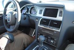 Audi Q7 V12 interior