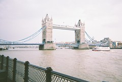 (Lewis Gregory) Tags: london film riverthames disposable londontowerbridge