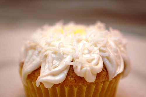 Daisy cupcake, take eight