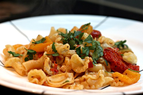 Spicy Artichoke and Sundried Tomato Pasta