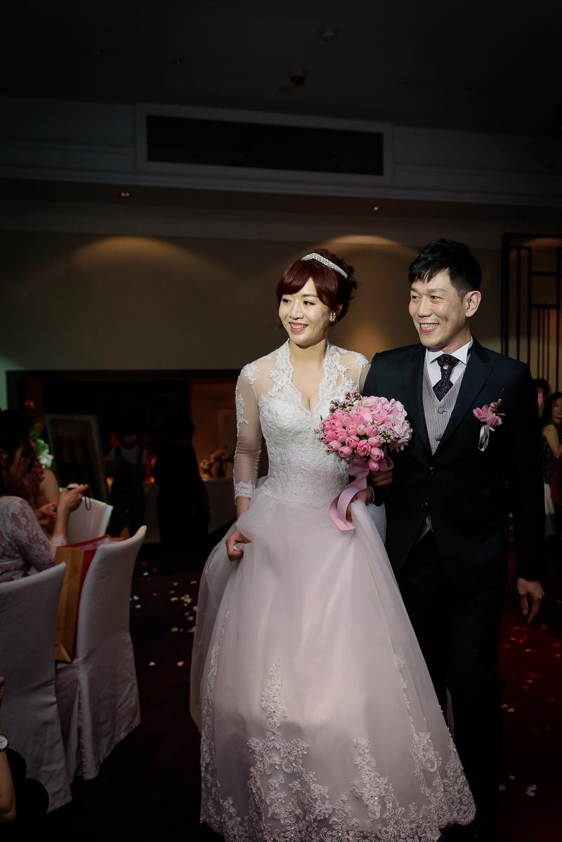 國賓婚攝,台北國賓,國賓飯店婚宴,新秘Miko ,婚攝小勇,台北婚攝, 愛瑞思新娘秘書造型團隊,西敏英國手工婚紗,小寶工作室-038