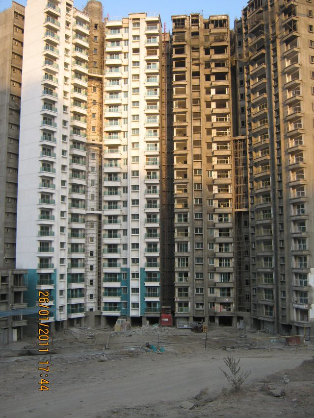 21 Story Sangria Megapolis - B & C Towers  - Megapolis on 26th January 2011