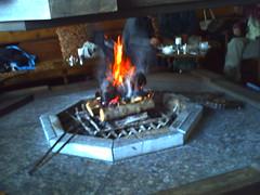グランフェニックスラウンジの暖炉