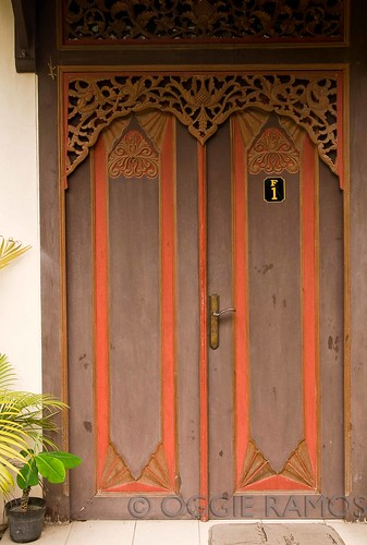 Indonesia - Solo Cakra Red & Brown Door