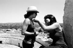 Pia y Melocotn (Amanda Alessandrine) Tags: blackandwhite bw film spain noiretblanc andalucia espana espagne ilford praktica andalousie argentique argentic