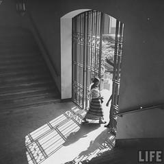 Manila City Hall (Beyond Forgetting) Tags: door stair manila saya manilacityhall