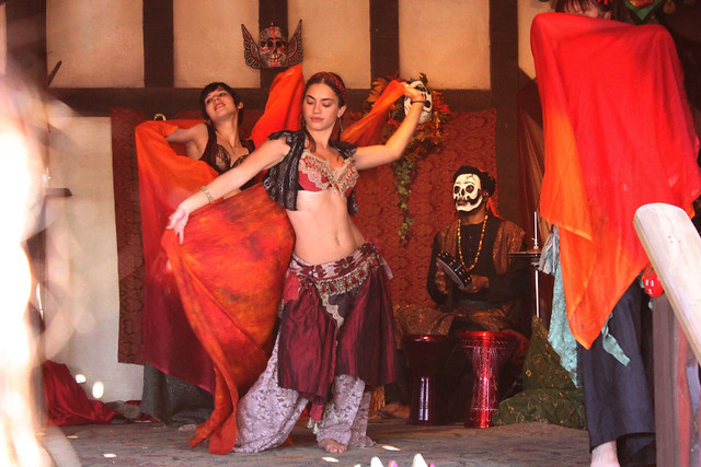Jamila Lotus Bellydancing