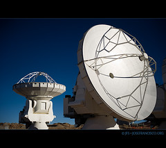 ALMA Antennas at AOS [9050] (josefrancisco.salgado) Tags: chile nikon desert plateau alma observatory desierto nikkor plain cl llano radiotelescope sanpedrodeatacama observatorio aos interferometer desiertodeatacama radiotelescopio atacamadesert repúblicadechile interferómetro republicofchile d3s 2470mmf28g iiregióndeantofagasta llanodechajnantor provinciadeelloa atacamalargemillimeterarray chajnantorplain llanodechajnantorobservatory arrayoperationssite