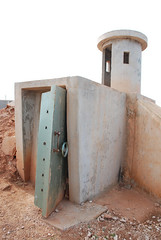 DSC_9634 (a7fadhomar) Tags: revolution 17 feb press libya libyan associated benghazi تحت 2011 سجون قتل ليبيا gadhafi فبراير aguri جرائم الارض تعذيب بنغازي سجن moammar ثوار مظاهرات القذافي بح معمر سجناء alaguri الكتيبة