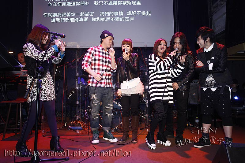 GBN-20110220-102