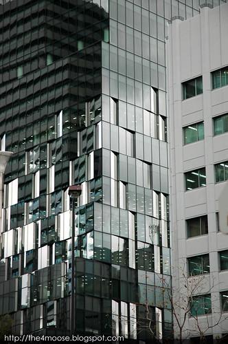 Osaka 大阪 - Osaka Fukoku Seimei Building 大阪富国生命ビル