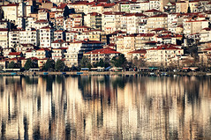 Kastoria (McHeras) Tags: lake reflection reflections nikon greece macedonia nikkor reflexions vr 70300 kastoria d90 4556 f4556  opposti 70300vr